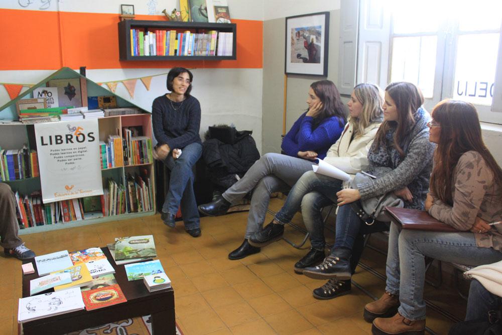 valija-libros-06-mendoza-1